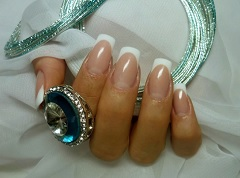 French nail enhancement