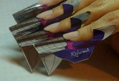 Nails enhancement using nail forms